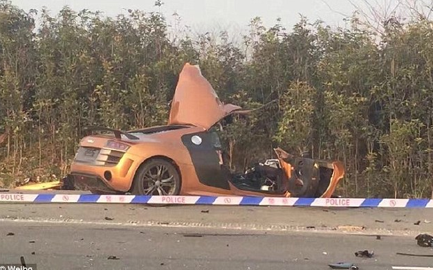 Passenger Films Car Doing 200mph Before Crash That Kills Him And Driver