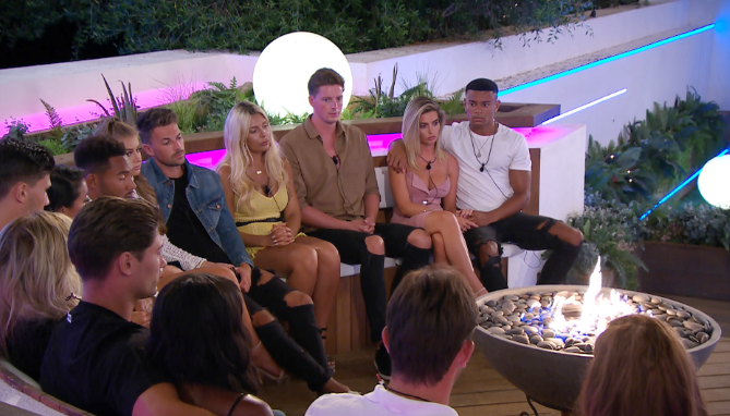 Love Island's Frankie and Samira are coasting - Darylle