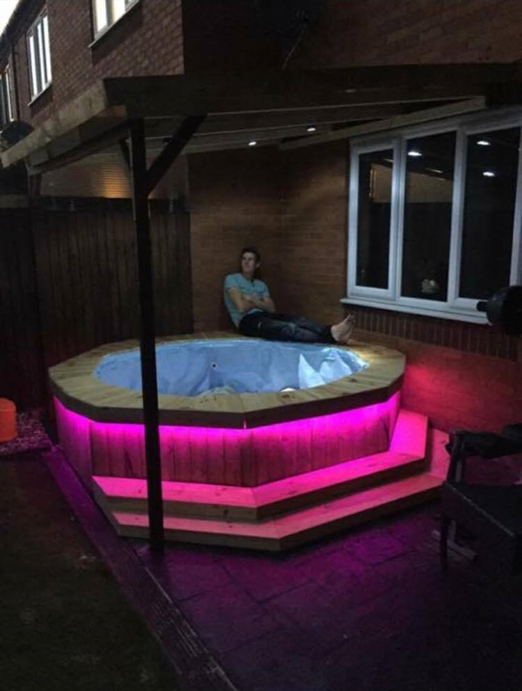 Lad Makes Simple Homemade Hot Tub Out Of Paddling Pool And