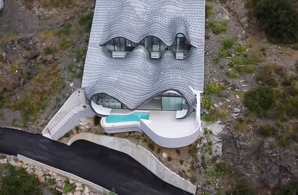 Awesome Dragon House Built Into Side Of Cliff Is Really Something