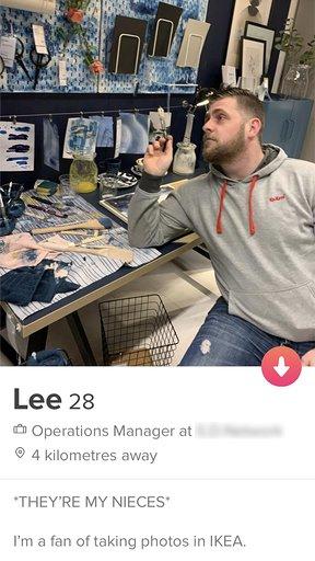 Lee's profile showed his snaps in IKEA. Credit: instagram.com/phoonigan