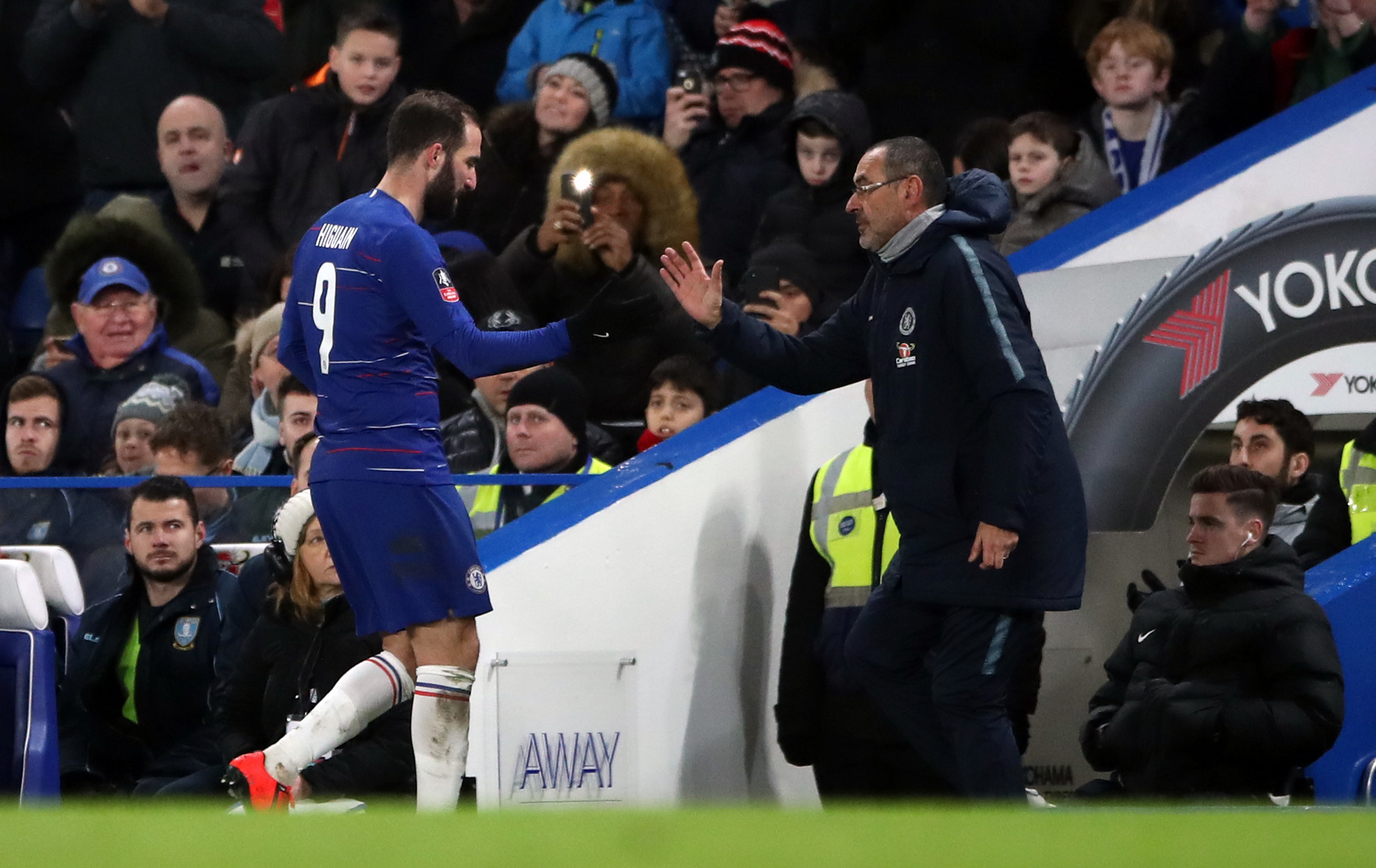 Angry Sarri repeats claim he cannot motivate Chelsea players