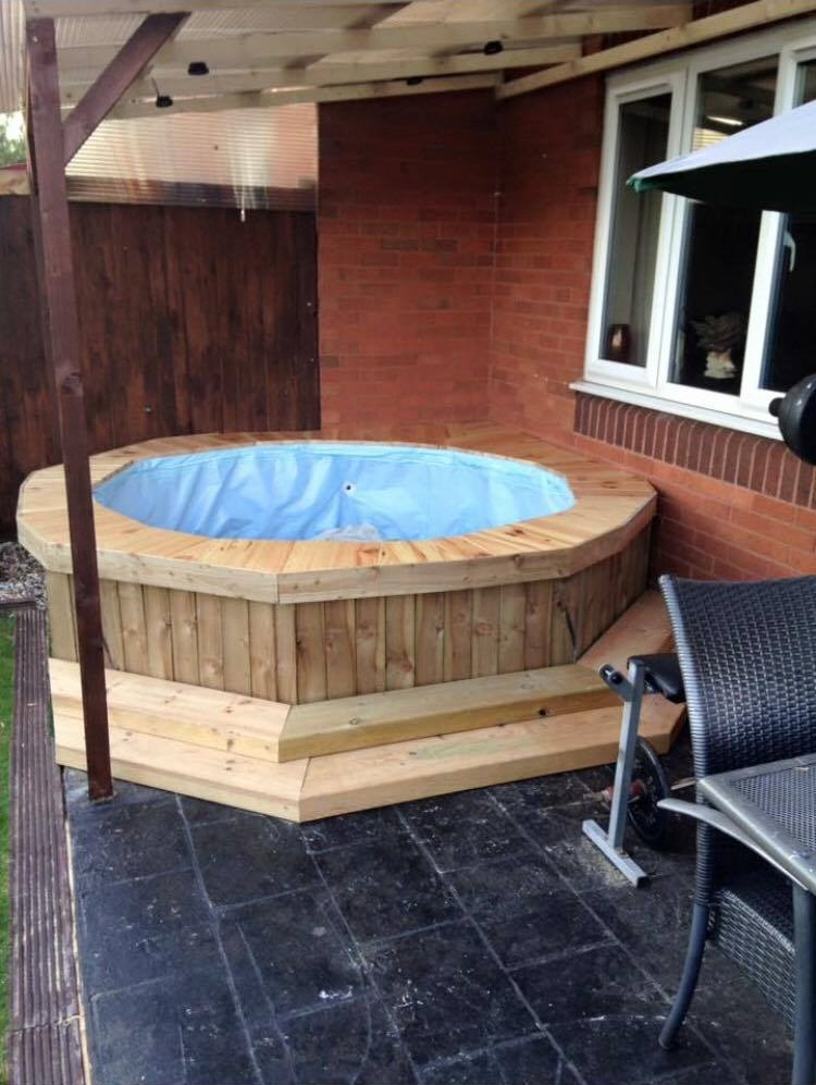 Lad makes simple homemade hot tub out of paddling pool and for Paddling pool heater