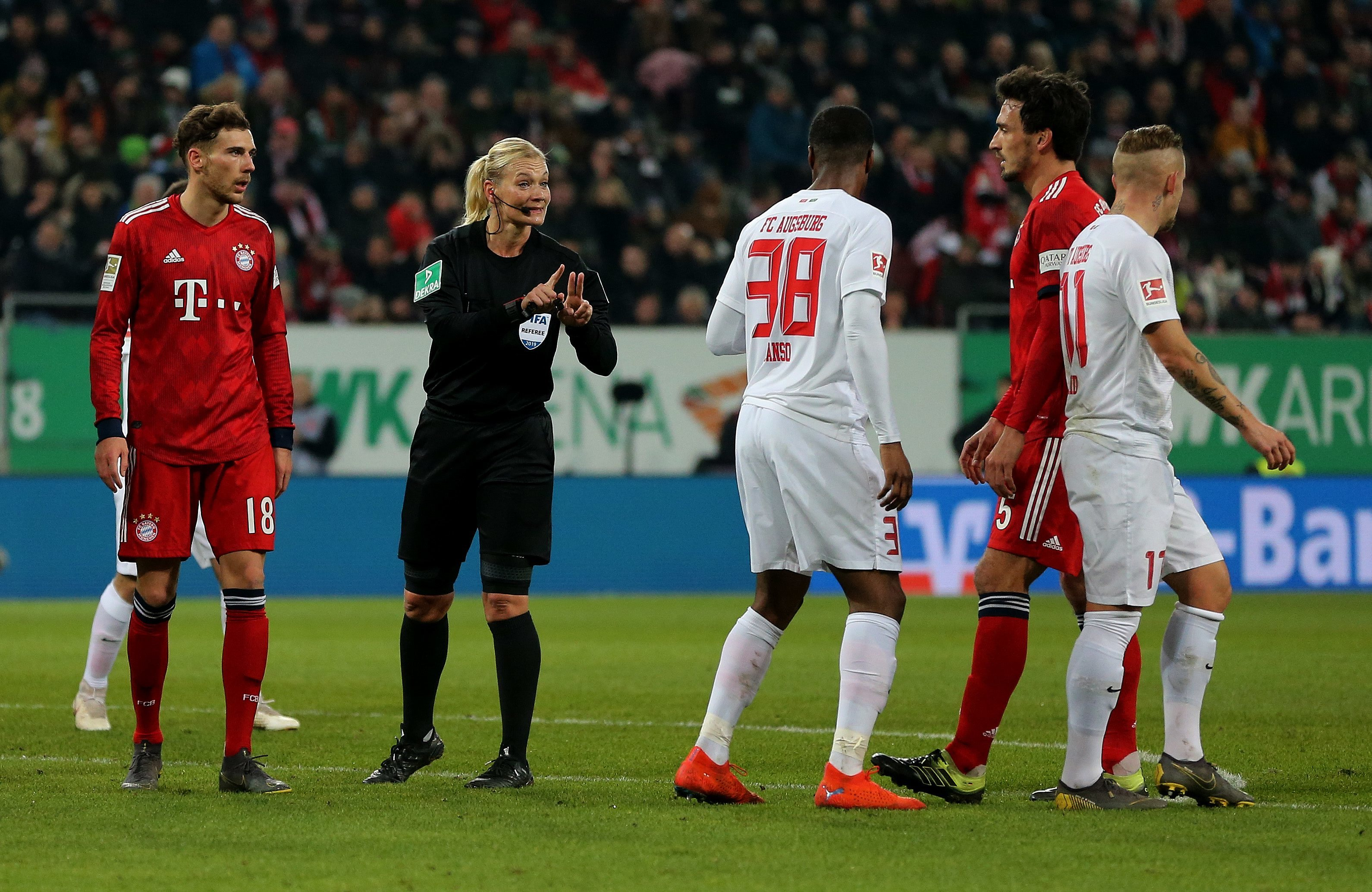 Iranian TV cancelled Bayern Game because of Women Referee