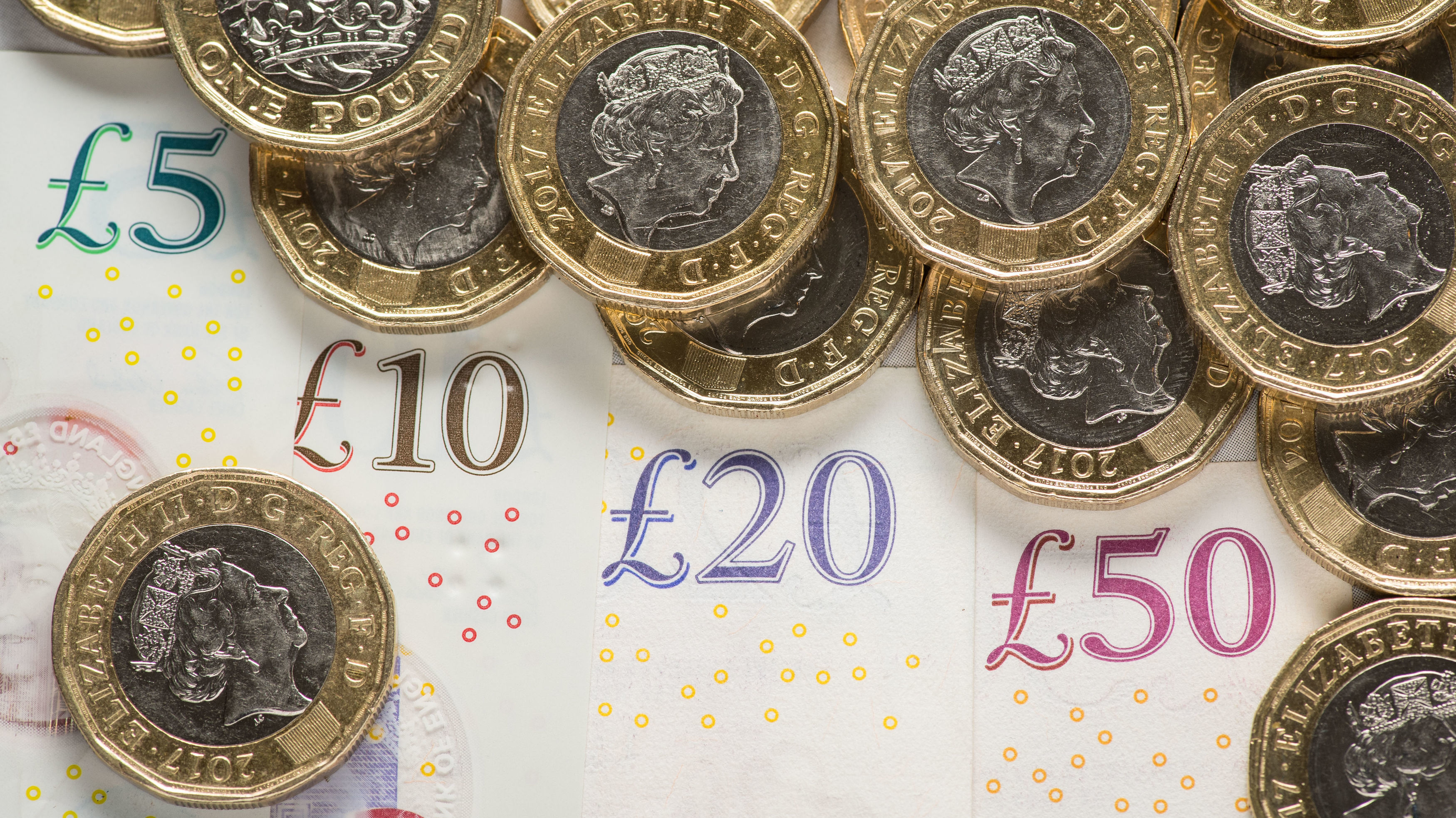 You Can Save Up £1,496 In A Year With This Easy Money Challenge