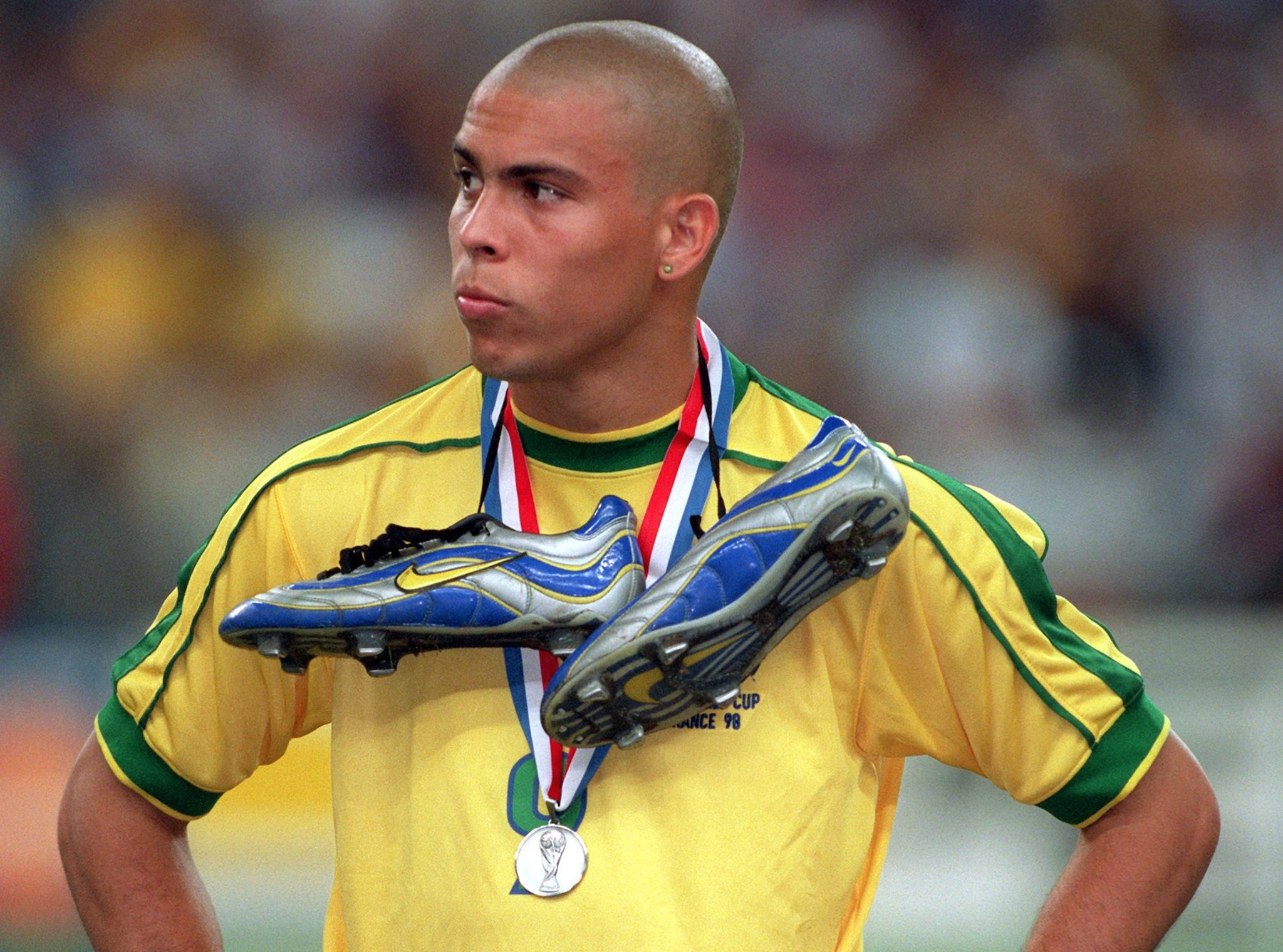 Ronaldo Unveils 1998 World Cup Throwback Boots To Celebrate 20th ... 463597b8517
