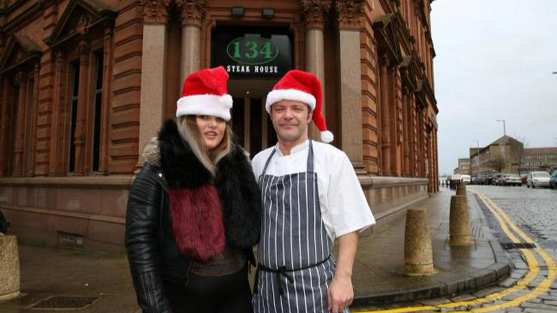 Young Mum Invites 60 Strangers To Christmas Dinner To Combat Loneliness
