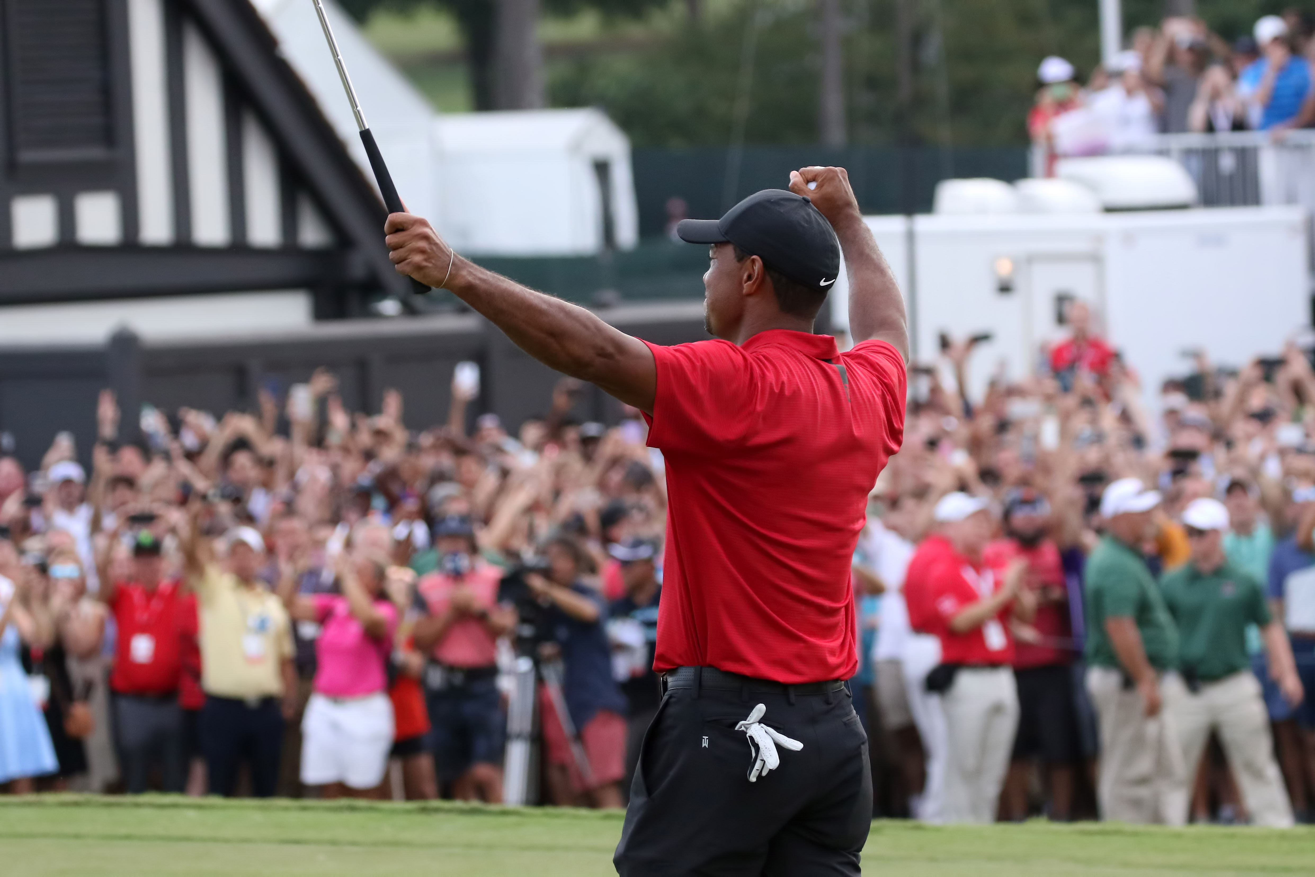Tiger Woods' Tour Championship win ropes in record streaming figures