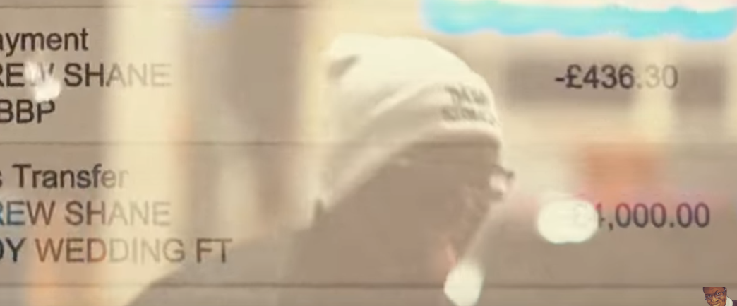 KSI's bank balance in Deji's video. Credit: Deji/YouTube