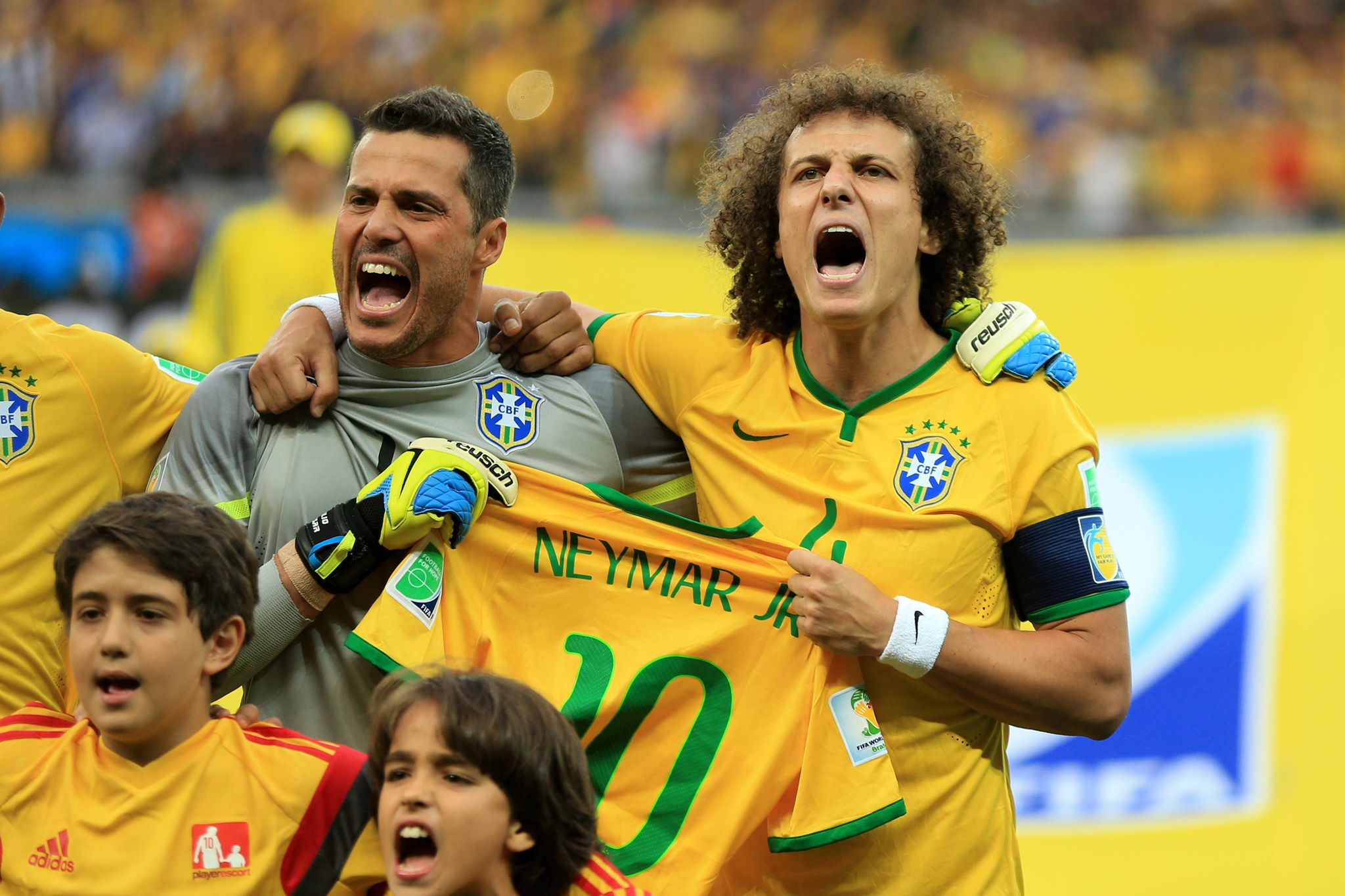 Far too emotion from Luiz before a terrible performance. Image: PA Images