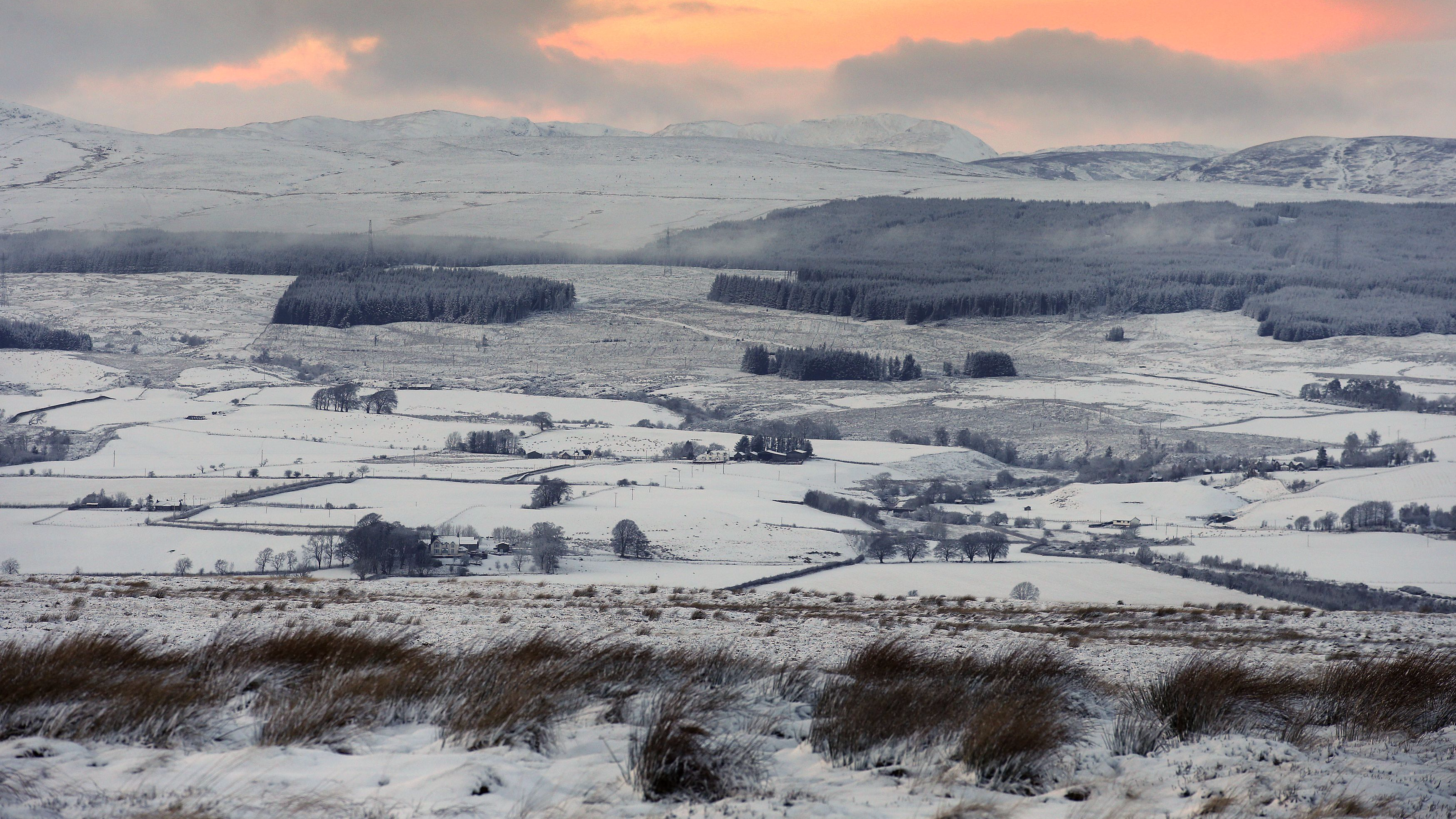 Brace Yourselves, UK Could Be Set For 'Snowiest Winter In 27 Years'