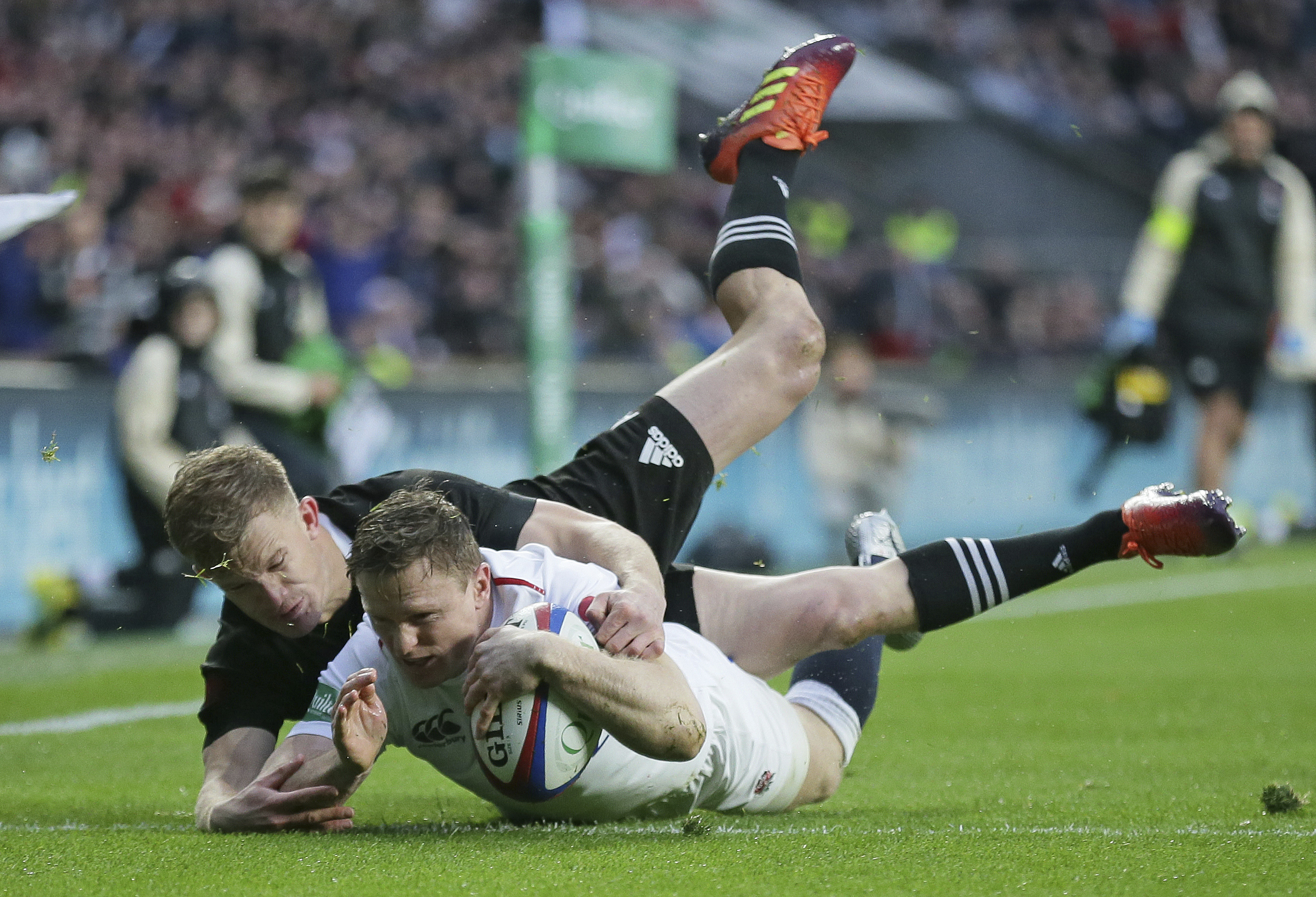 Chris Ashton returns to the England starting XV with a try after two minutes. Image: PA Images