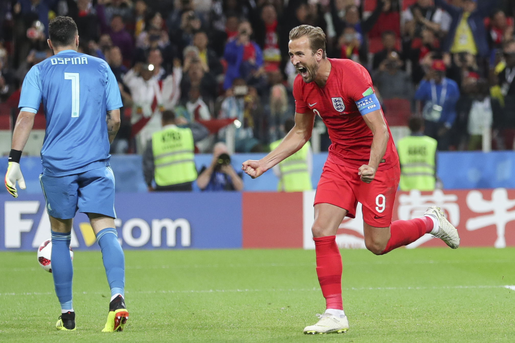 Hungry England ousts Sweden to reach semis