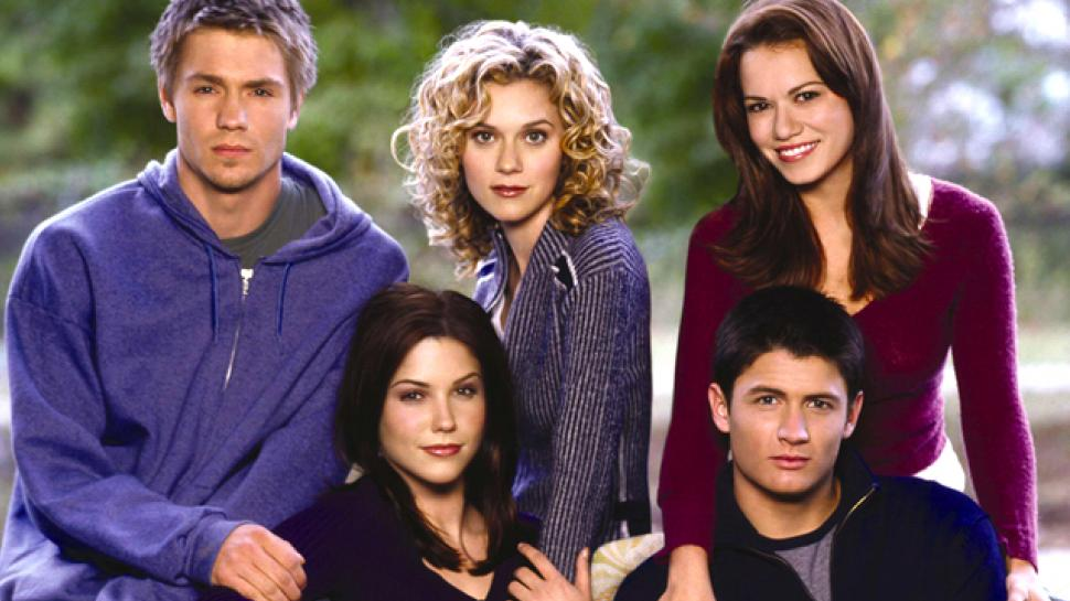 One Tree Hill Cast Reunite For 'Mystery Project' And We Can't Contain Our Excitement