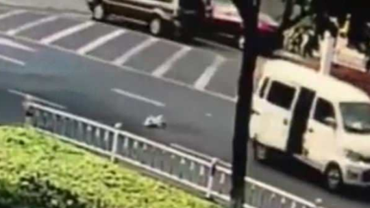 Shocking Footage Captures Moment Baby Falls From Van