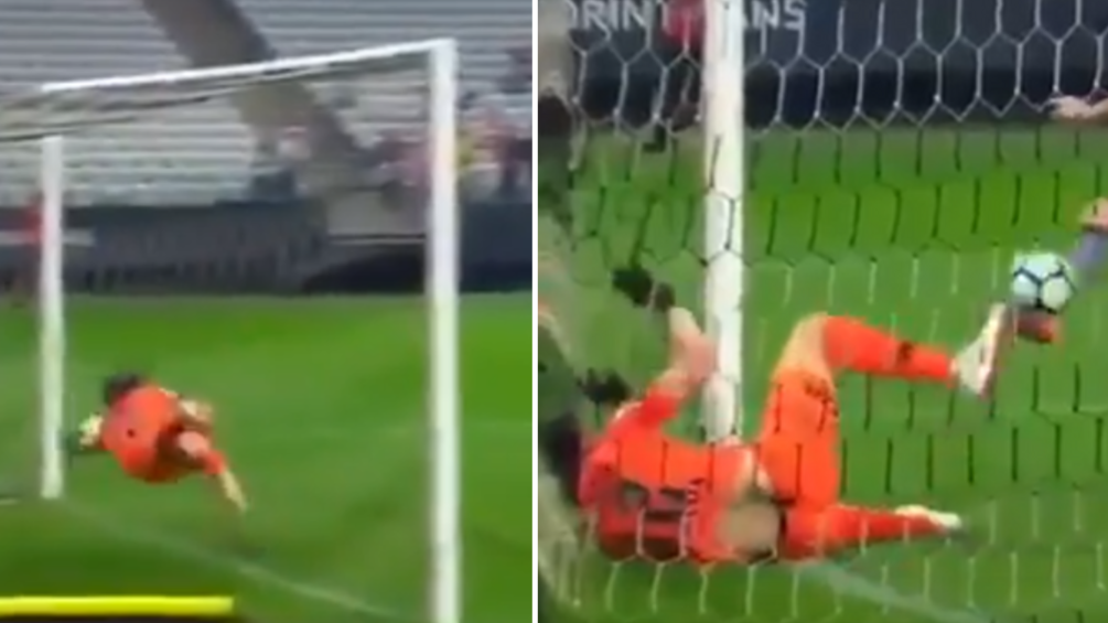 Brazilian Goalkeeper Cassio Pulls Off Insane Double Save In Game