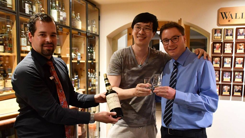 Bloke Who Forked Out £7,600 For Dram Of Whisky Finds Out It Was Fake