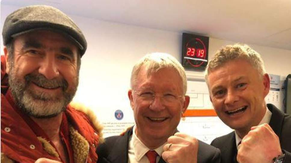 Cantona visited the changing room later on with Sir Alex Ferguson. Image: PA Images