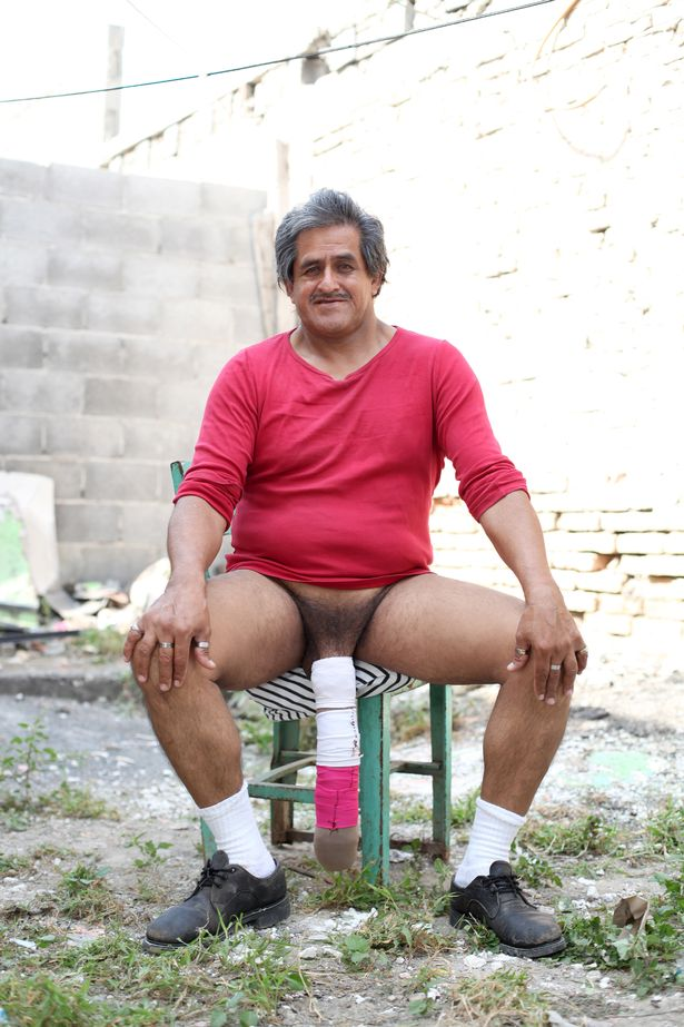 biggest najed penis in the world
