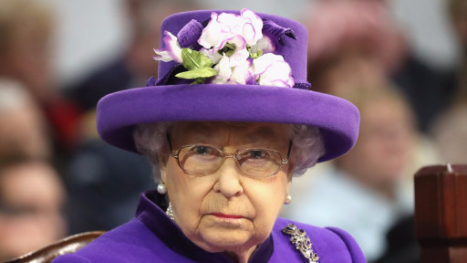 Queen Shows Up In Same Colour Dress As Her Nigerian Guests At Buckingham Palace
