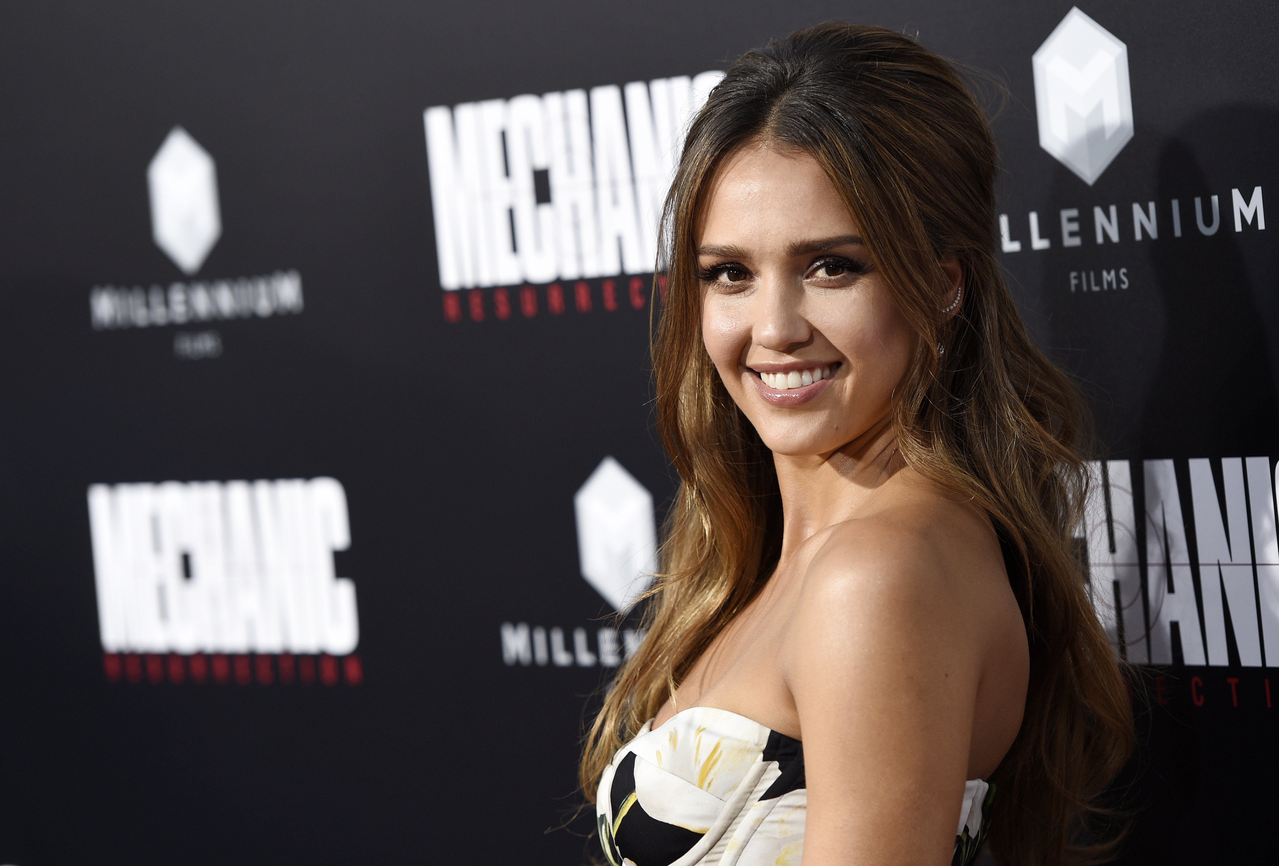 Sorry, The Jessica Alba Sex Tape Is A Big Ol Scam