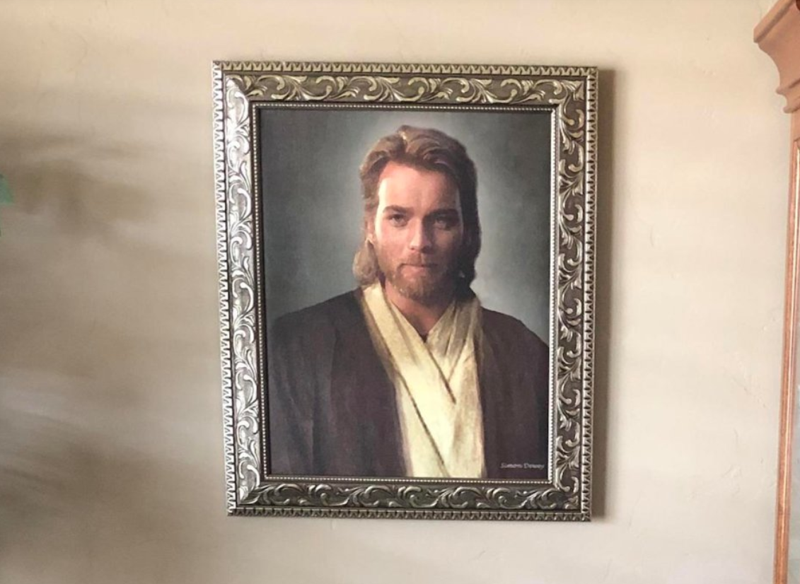 Son Pranks His Mum With A Picture Of Ewan McGregor She Thinks Is Jesus. Credit: Ryan/Reddit