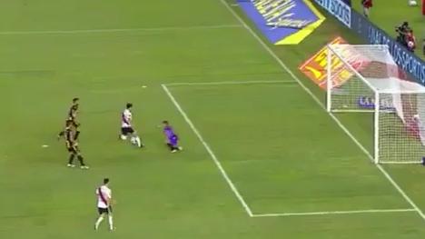 Ignacio Scocco Scores Incredible Solo Goal For River Plate