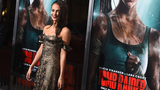 YouTuber Faces Backlash For Saying Alicia Vikander's Breasts Are Too Small