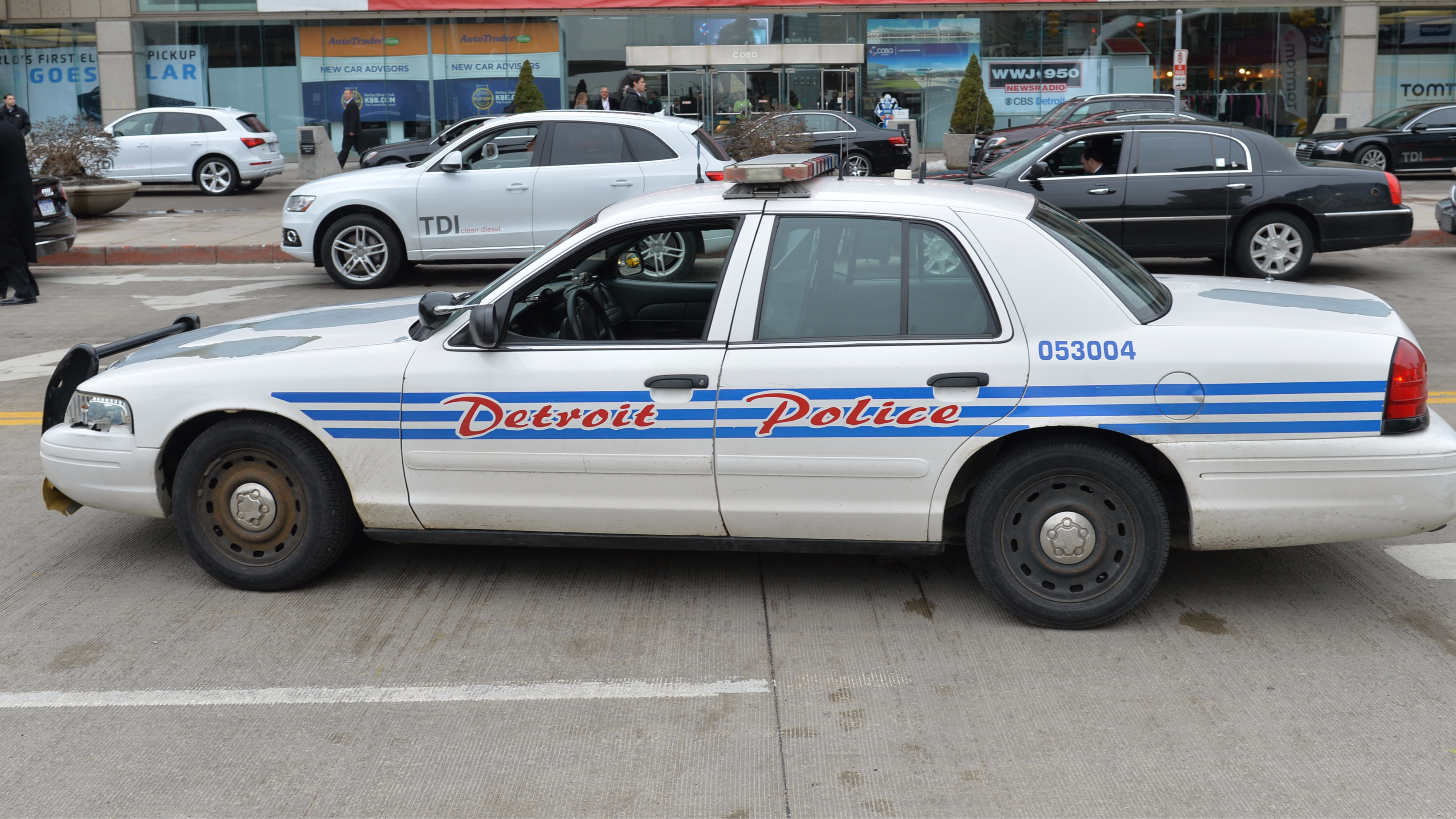 The Police Fought Each Other In Failed Undercover Op In Detroit