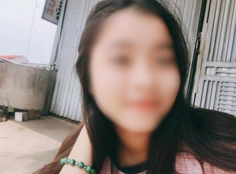 Vietnamese girl dies after getting electrocuted by iPhone cable