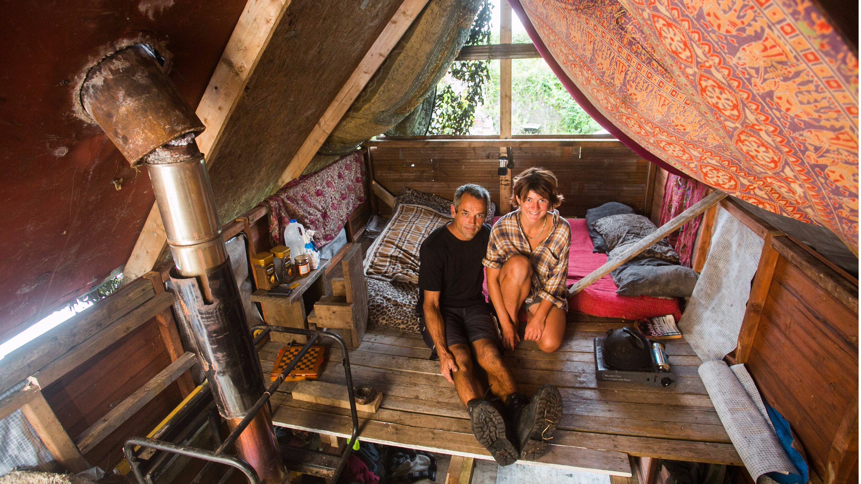 Cornwall Couple Live In Makeshift Hut On Just £1,250 A Year