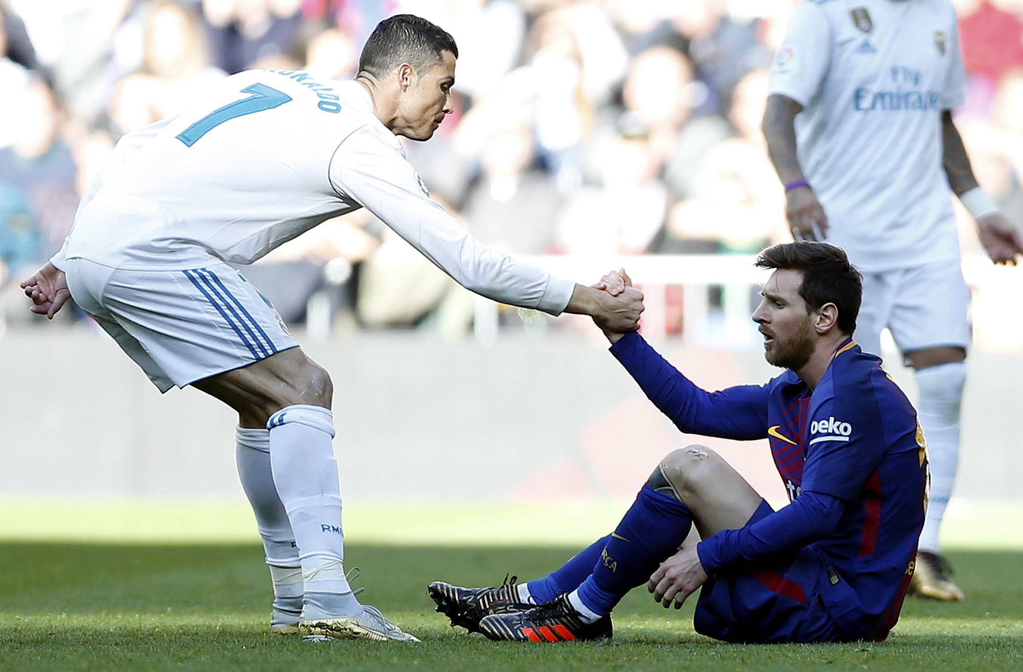 Messi better than Ronaldo - Hazard