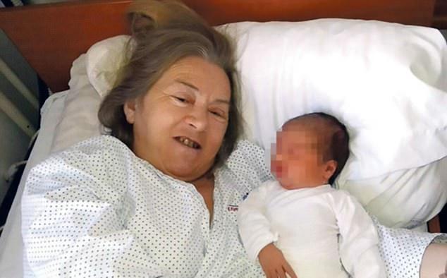 Atifa with new daughter Alina