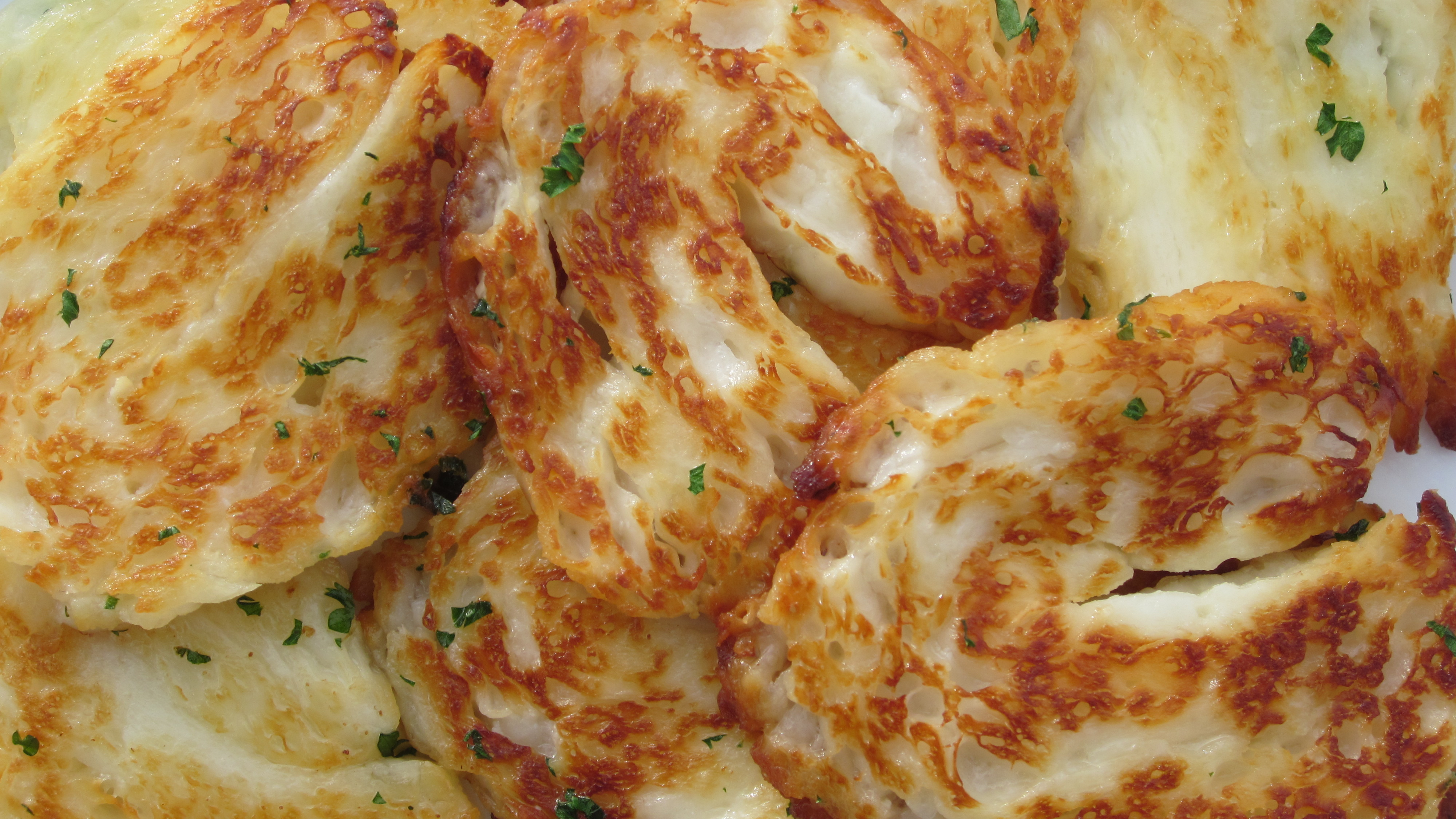 Americans Don't Know What Halloumi Is And It's Hilarious