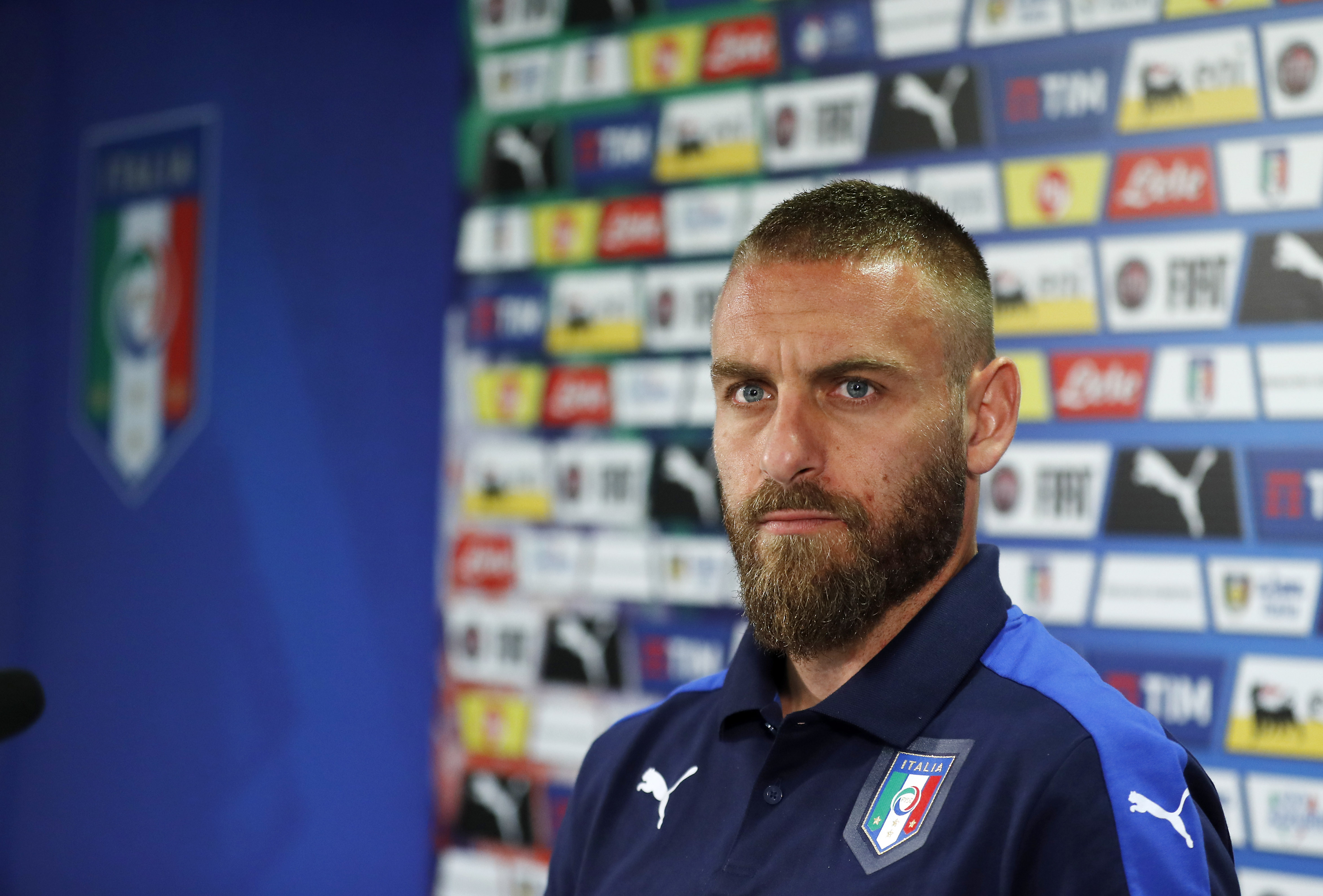 Daniele De Rossi Justifies Decision To Stay At Roma For Life