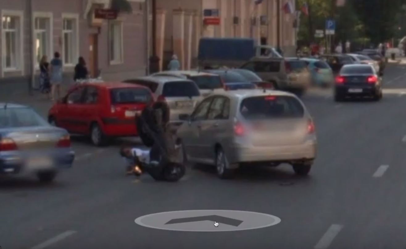 Google Maps Street View Car Captures Shocking Motorbike Crash As It on