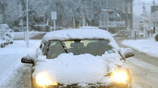 Motorists Need To Make Sure Their Cars Are Snow Free Or Risk A Fine