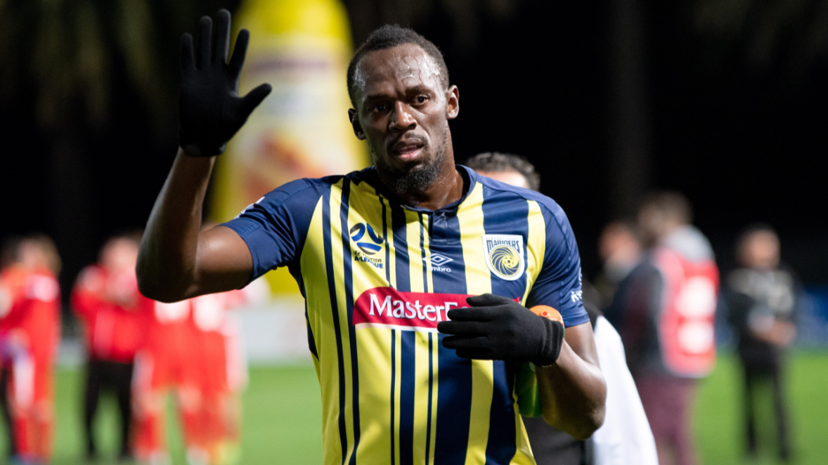 Usain Bolt Makes His Professional Debut For Central Coast Mariners