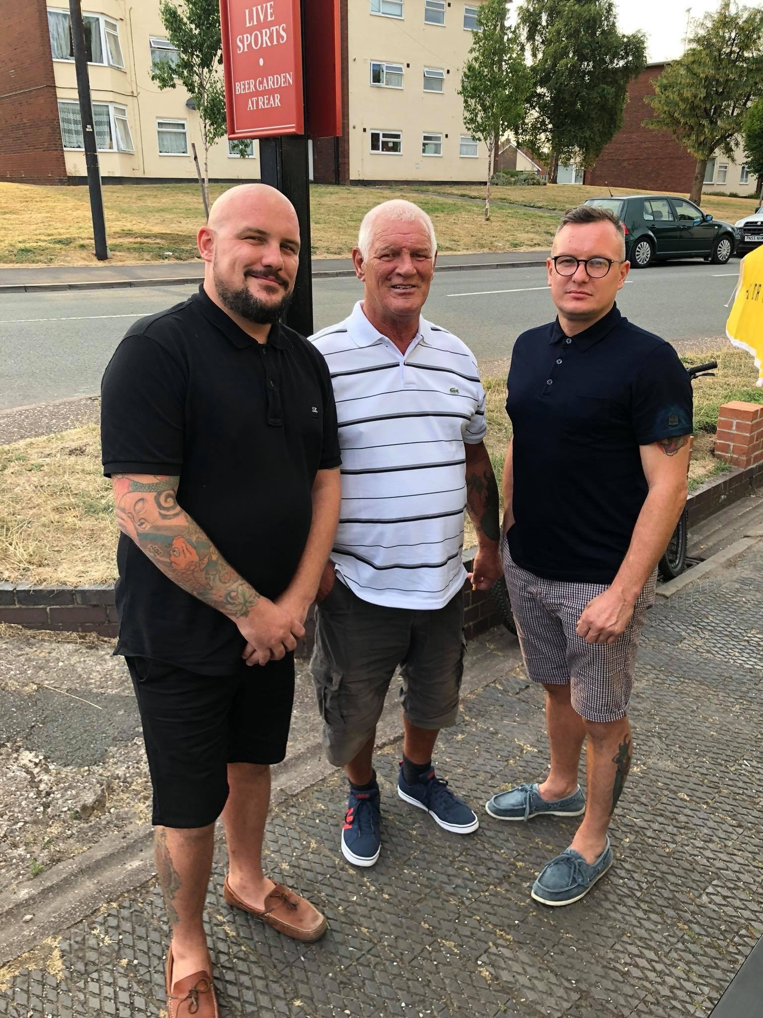 Craig Spillane (on the end right) with his dad and brother. Credit: Craig Spillane/LADbible