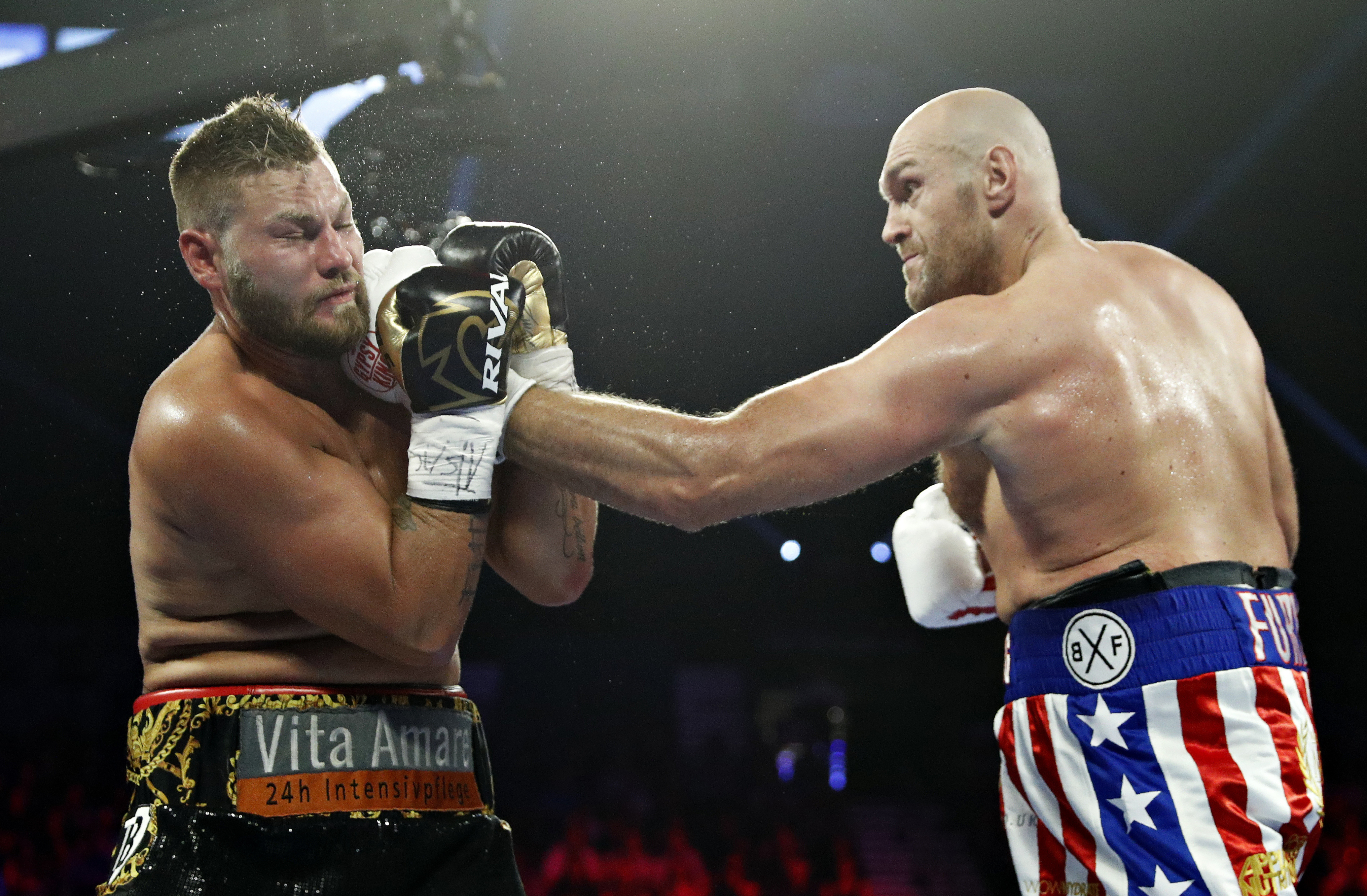 Fury easily dispatches of Schwarz. Image: PA Images