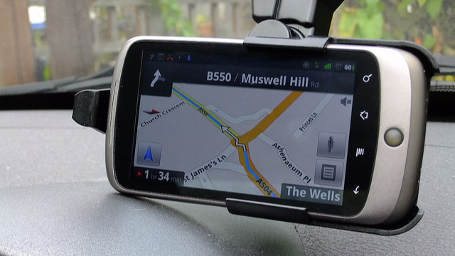 Motorists Fear Mobile Phone Sat Navs Could Be Banned