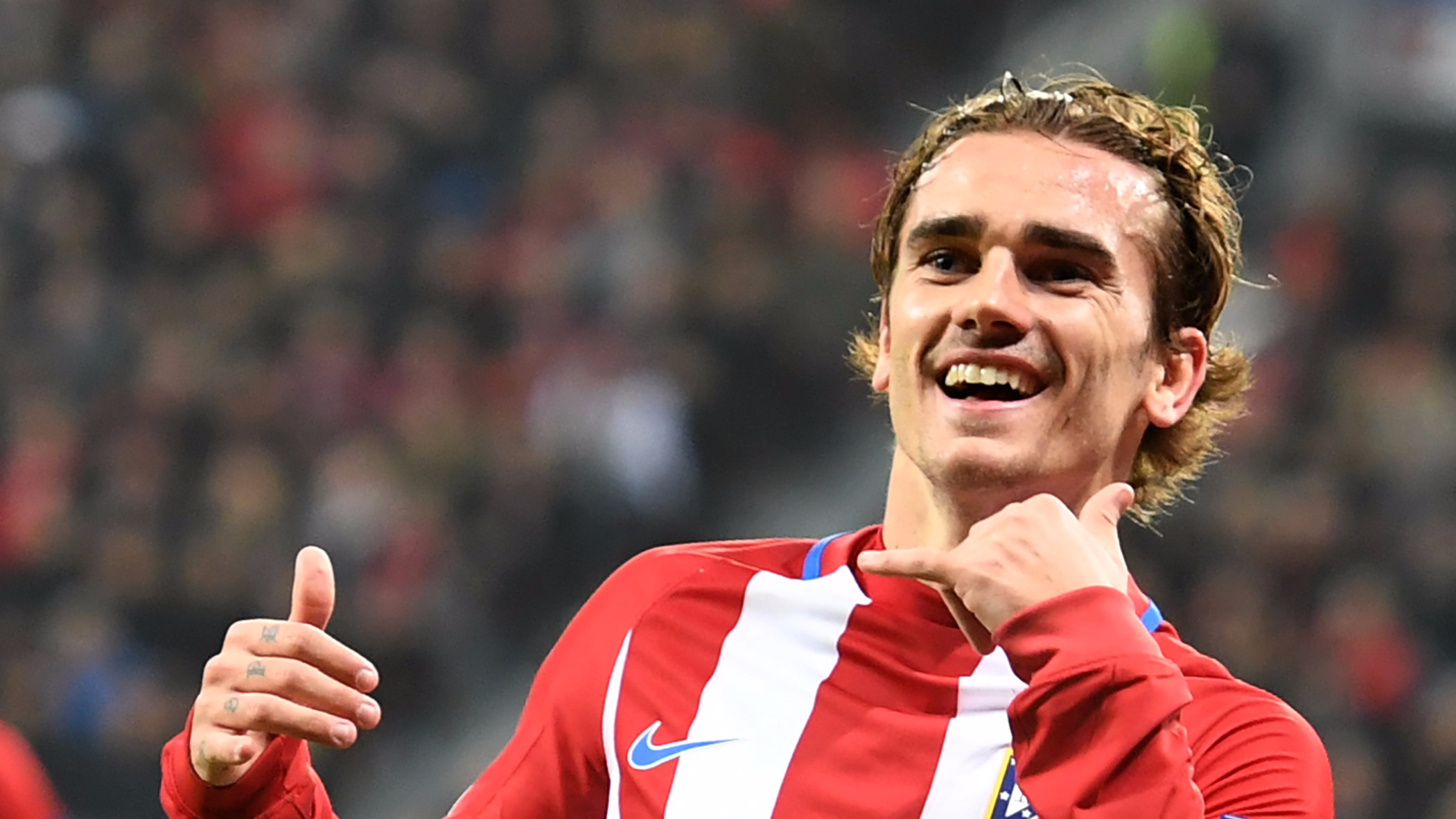 f81cfc8e087 There s A Reason Why Antoine Griezmann Never Wears A Short Sleeved ...