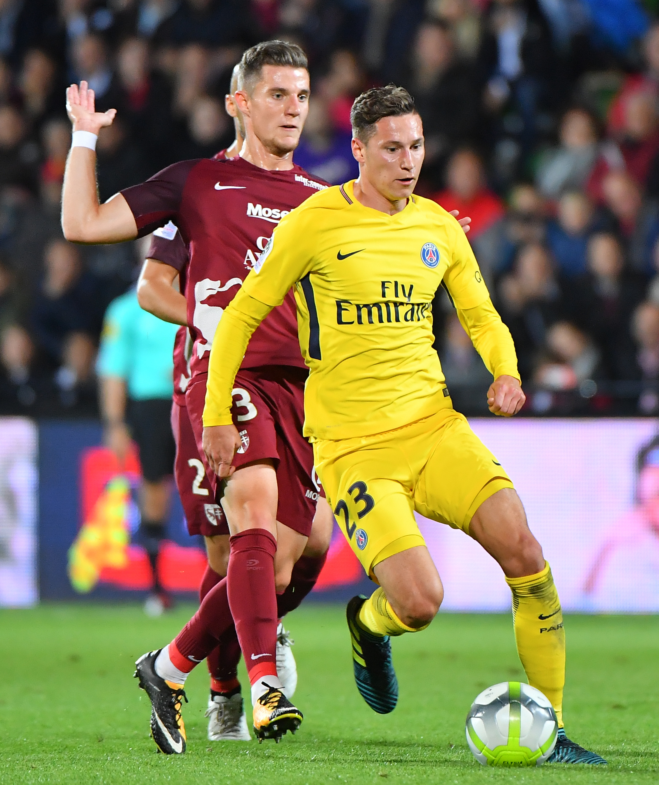 Neymar & Cavani In Heated Penalty Row