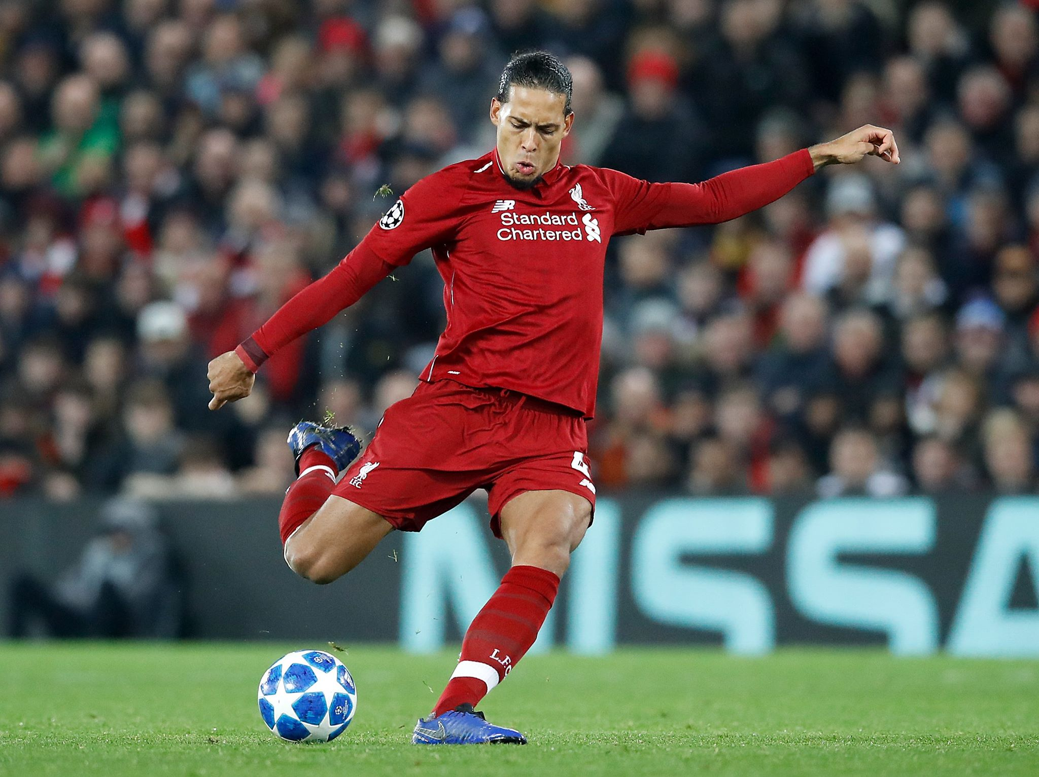 Van Dijk claims Liverpool won't be scared of United