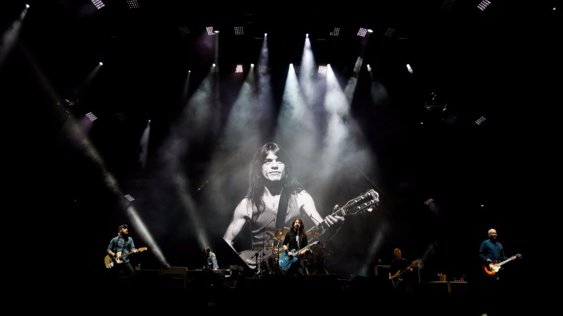 Foo Fighters Pay Tribute To AC/DC Guitarist Malcolm Young – And It's Amazing