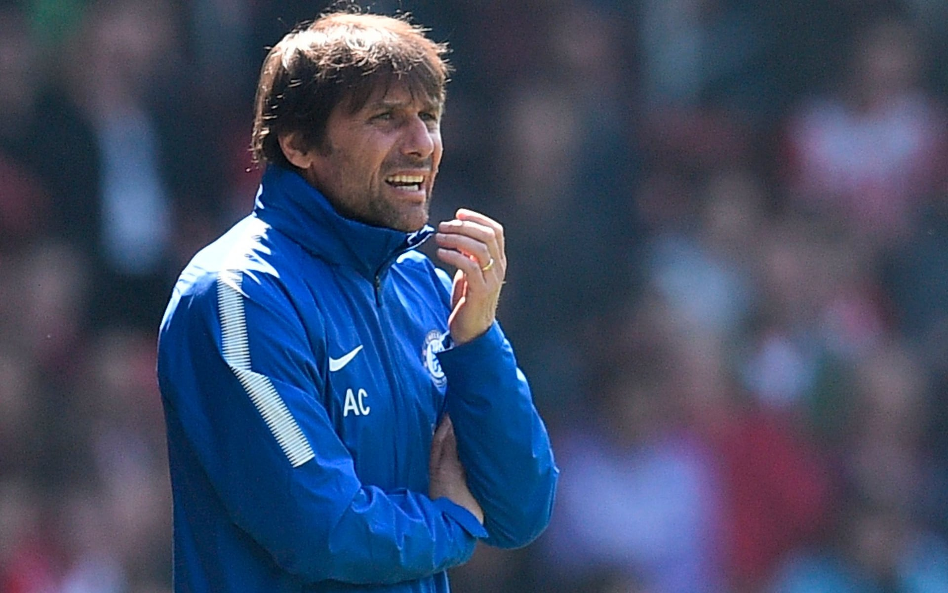 Antonio Conte: We can catch Tottenham