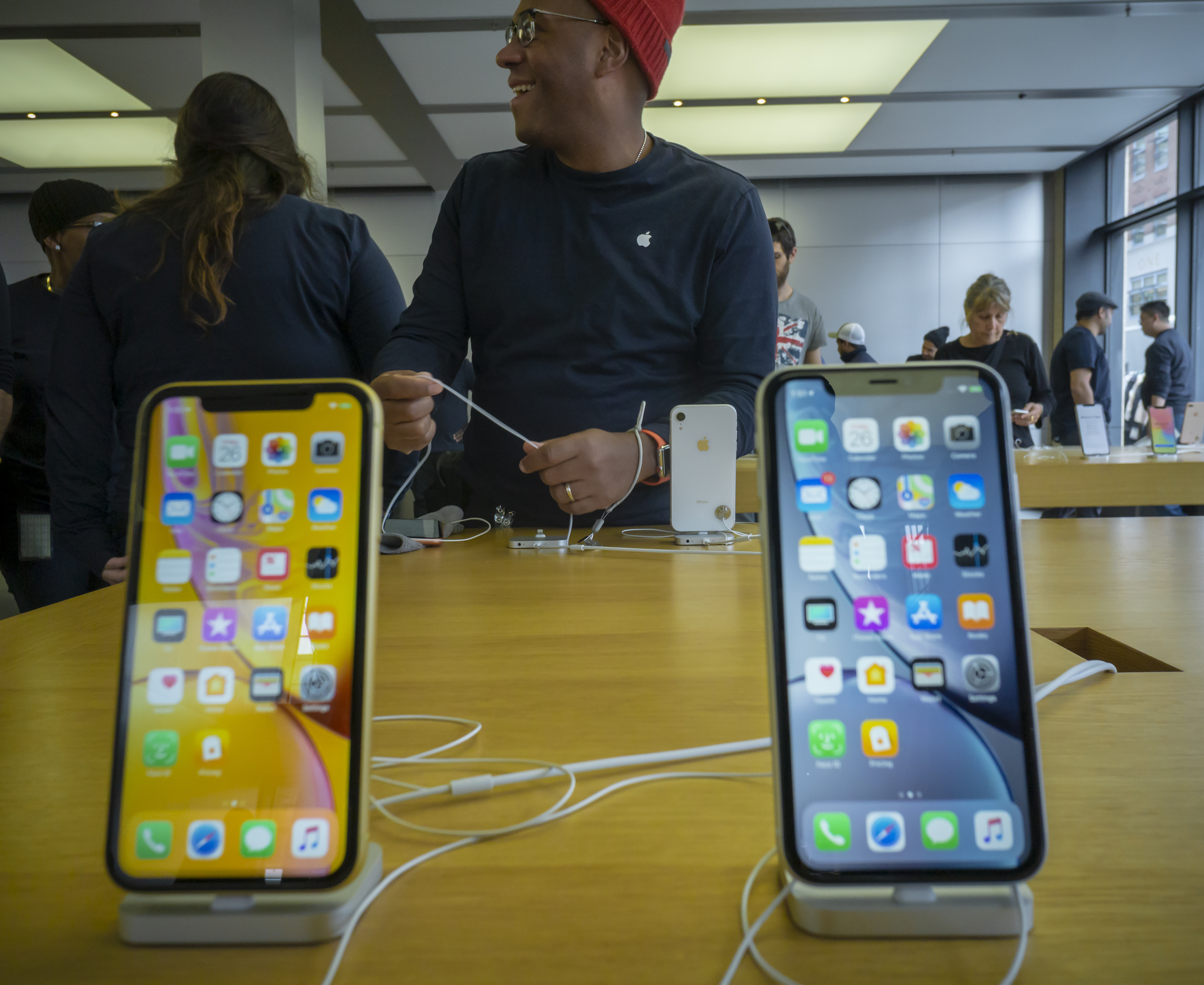 Apple have cut the price of a new battery for their customers. Credit: PA