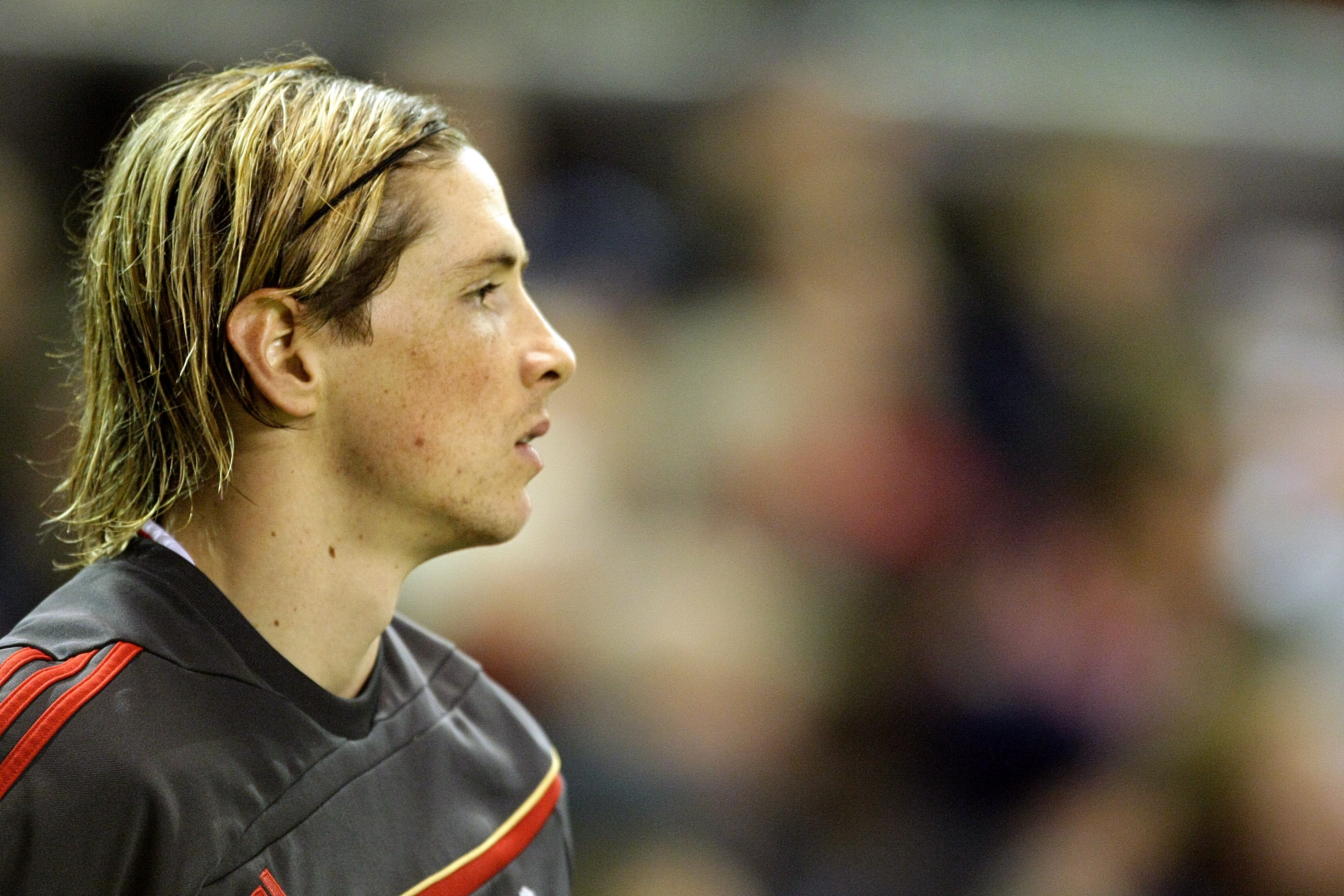 Fernando Torres: Former Liverpool and Chelsea striker retires after final match