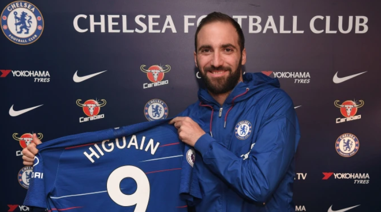 Chelsea: Gonzalo Higuain Officially Joins the Blues on Loan