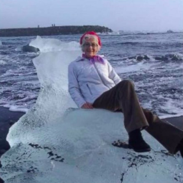 Tourist posing for photo on iceberg gets swept out to sea